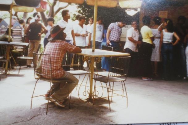 Biergarten auf Kubanisch © Wolfgang Stoephasius