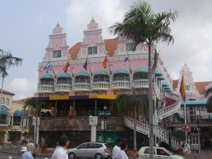 Aruba: Die Hauptstadt Oranjestad © Wolfgang Stoephasius