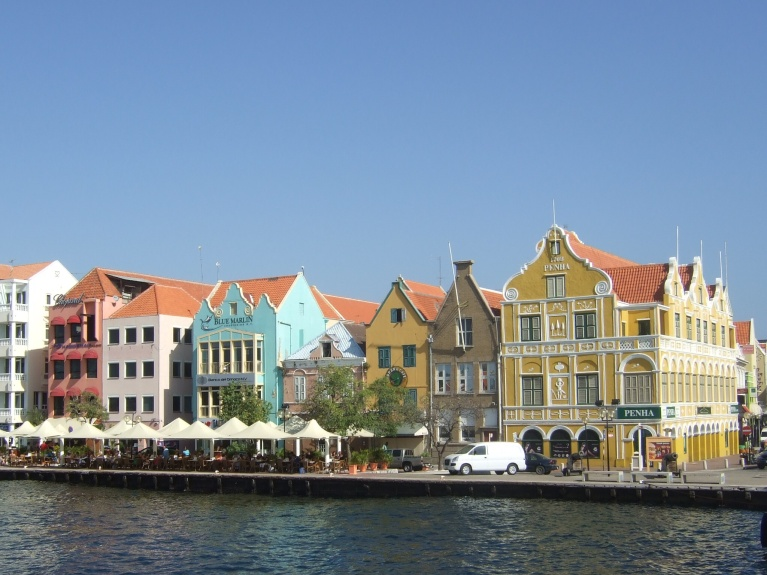 Cuarcao: Willemstad © Wolfgang Stoephasius