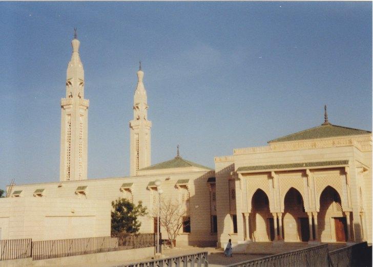 Moschee in Nouakchott © Wolfgang Stoephasius