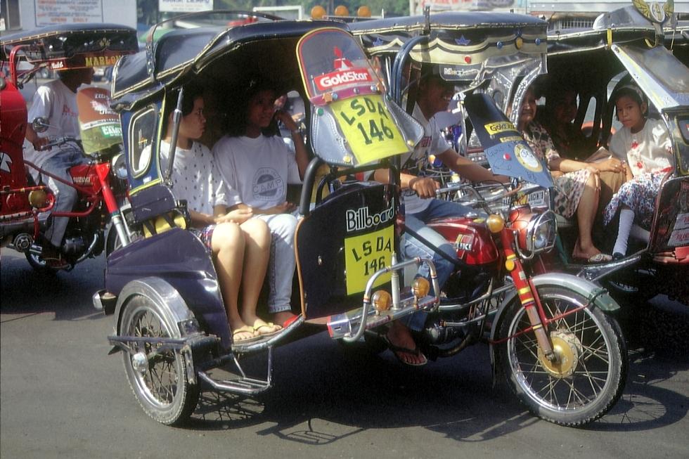 Motorrikscha in Manila © Wolfgang Stoephasius