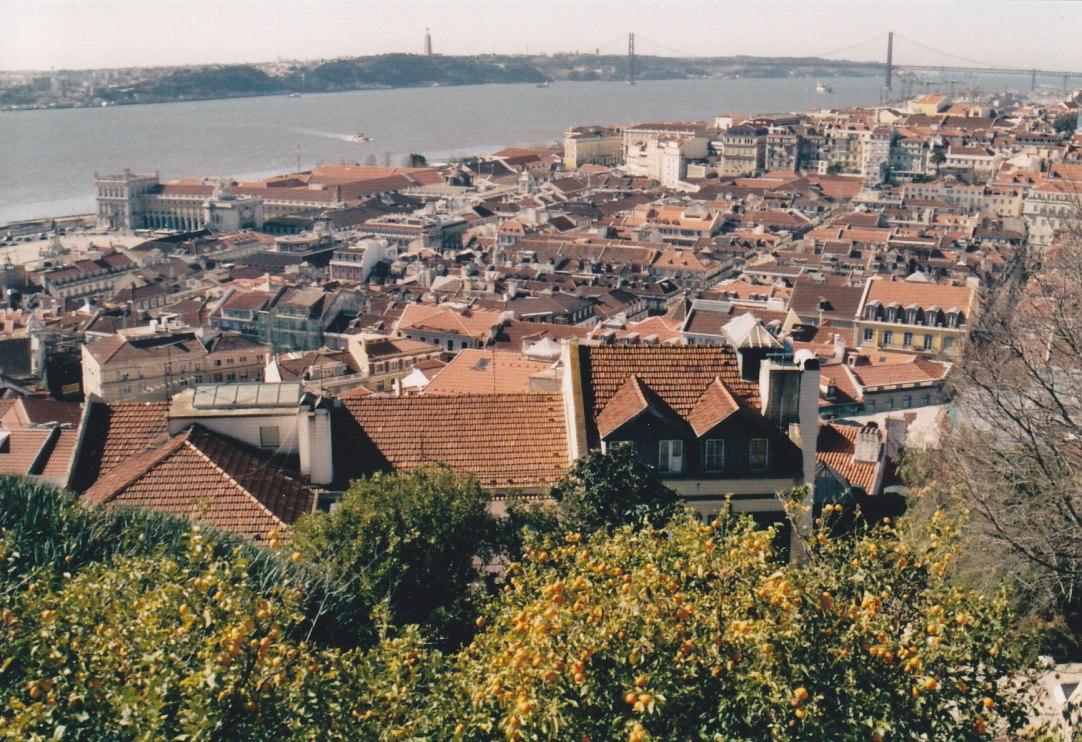 Blick von der Burg Sao Jorge auf Lissabon © Wolfgang Stoephasius
