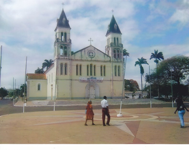 Kathedrale in São Tomé © Wolfgang Stoephasius