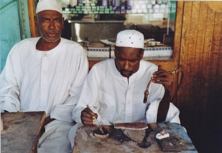 Handwerker auf dem Markt in al-Qadarif  © Wolfgang Stoephasius