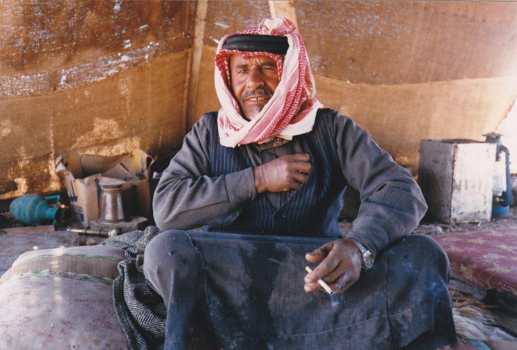 Beduine in Palmyra © Wolfgang Stoephasius