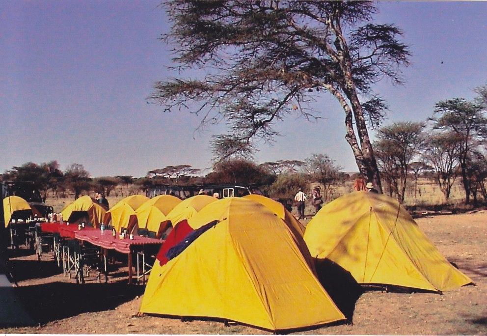 Zelte am Mara-River © Wolfgang Stoephasius