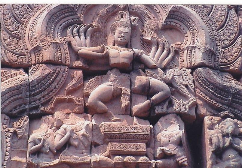 Hinduistische Darstellungen im Isan © Wolfgang Stoephasius