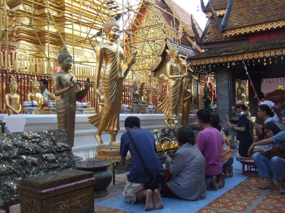 Tempel in Ubon (Isan) © Wolfgang Stoephasius