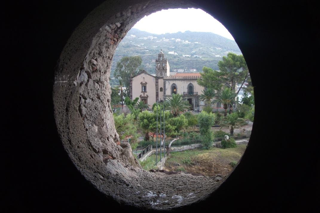 Blick von der Burg auf Lipari © Wolfgang Stoephasius