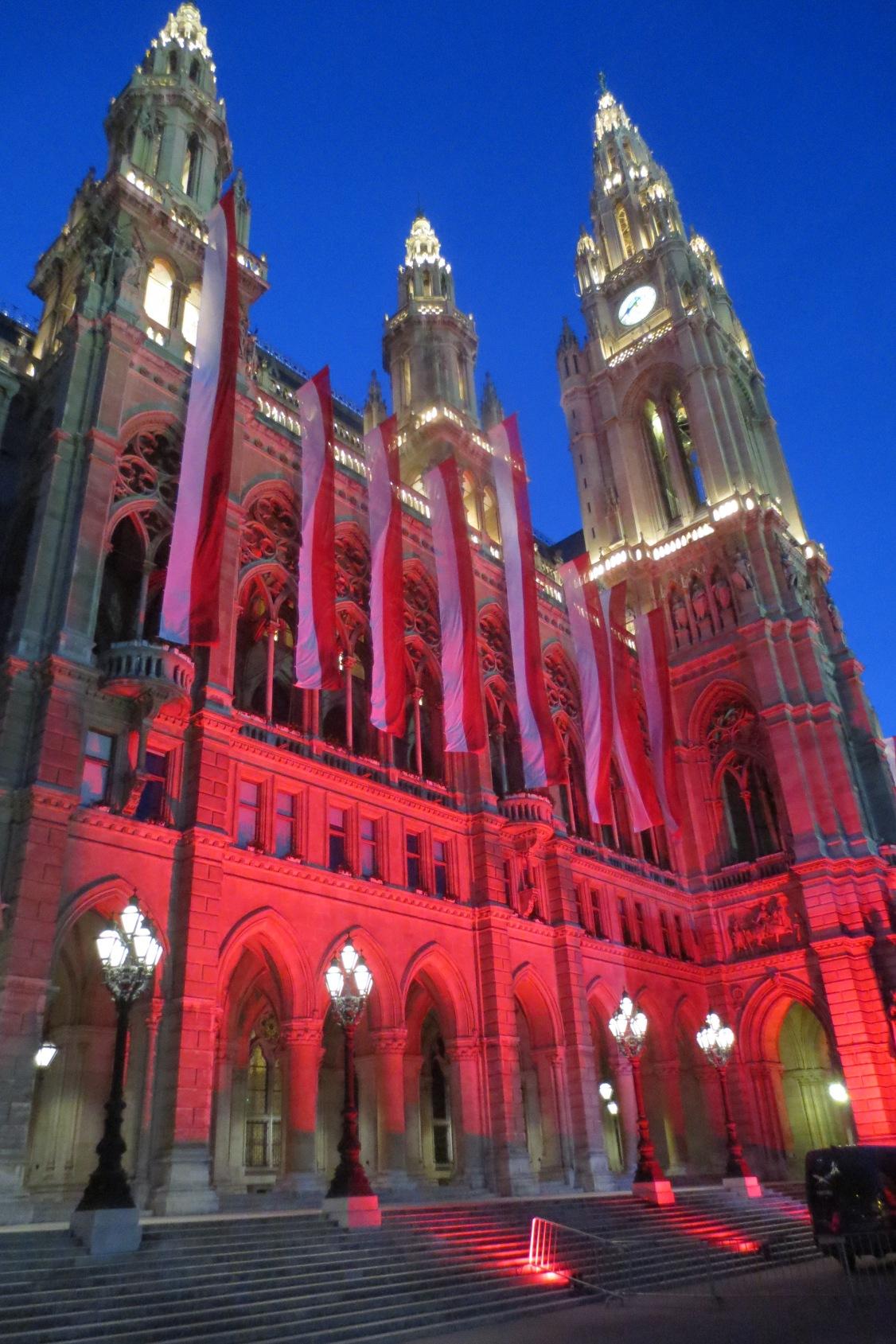Das rote Rathaus © Wolfgang Stoephasius