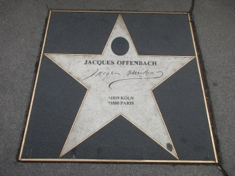 Jaques Offenbach © Wolfgang Stoephasius